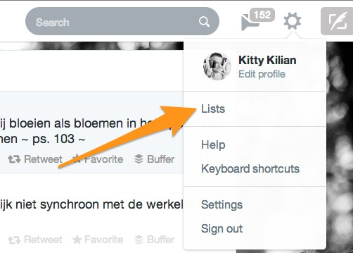 Je vindt je lijsten onder het tandwieltje met settings op je Twitter homepage