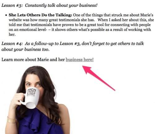 detail van een artikel over Marie Forleo in Forbes Magazine, met reclame