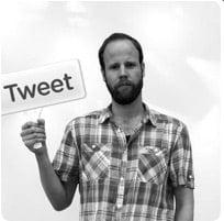 avatar met letters: tweet