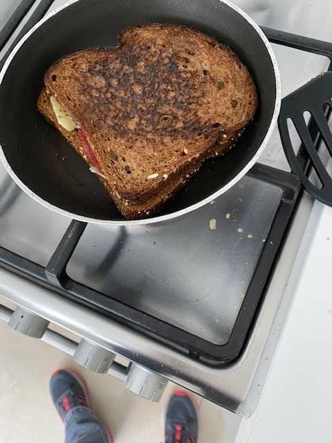boterham verbrand door binge lezen van Stijl